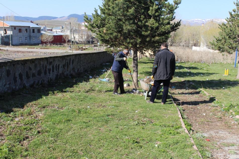 2020/04/1588249195_hanak_belediyesi_ayhan_buyukkaya_(11).jpg