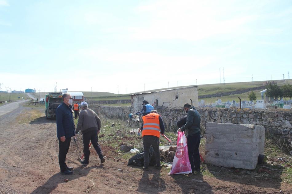 2020/04/1588249197_hanak_belediyesi_ayhan_buyukkaya_(13).jpg