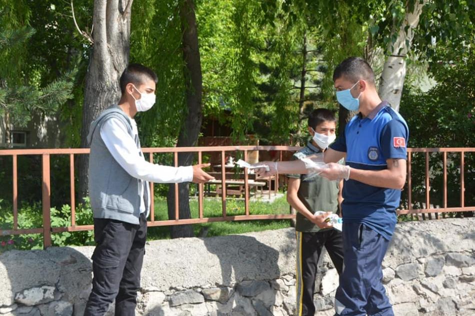 2020/06/1592682725_faruk_demir_lgs_ardahan_sinav_ardahan_75.jpg