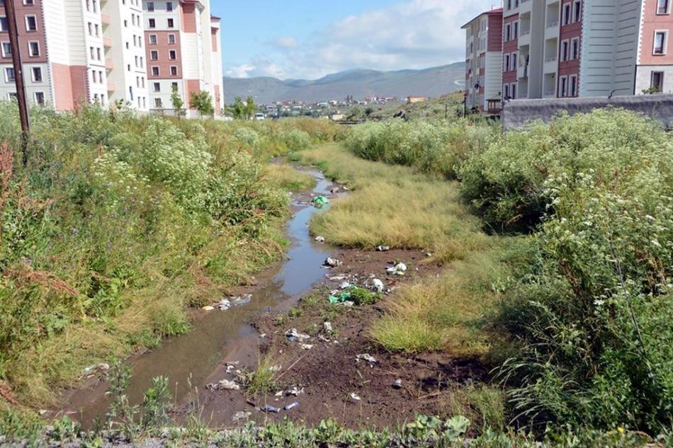 2020/07/1594579871_ardahan_belediyesi_faruk_demir_(3).jpg