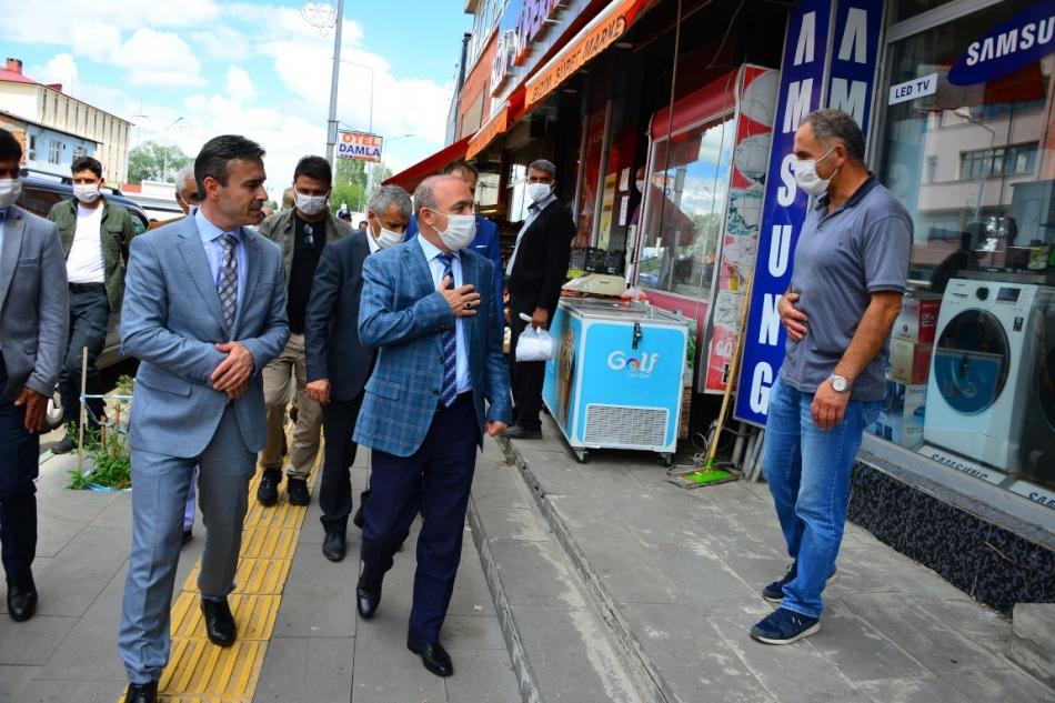 2020/07/1594806103_vali_huseyin_oner_ardahan_(12).jpg
