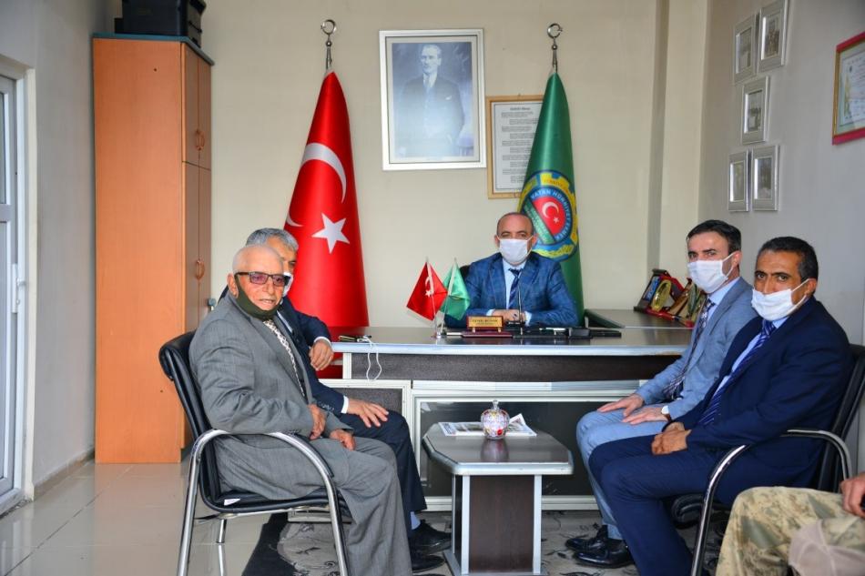 2020/07/1594806105_vali_huseyin_oner_ardahan_(19).jpg