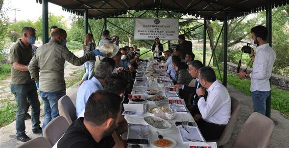 2020/07/1595414562_kars_belediye_baskani_ayhan_bilgen_(4).jpg