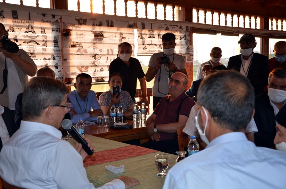 2020/07/1595881336_ahmet_davutoglu_gelecek_partisi_ardahan_celil_toprak_(5).jpg