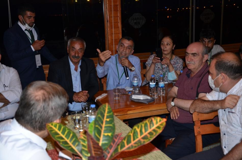 2020/07/1595881340_ahmet_davutoglu_gelecek_partisi_ardahan_celil_toprak_(7).jpg