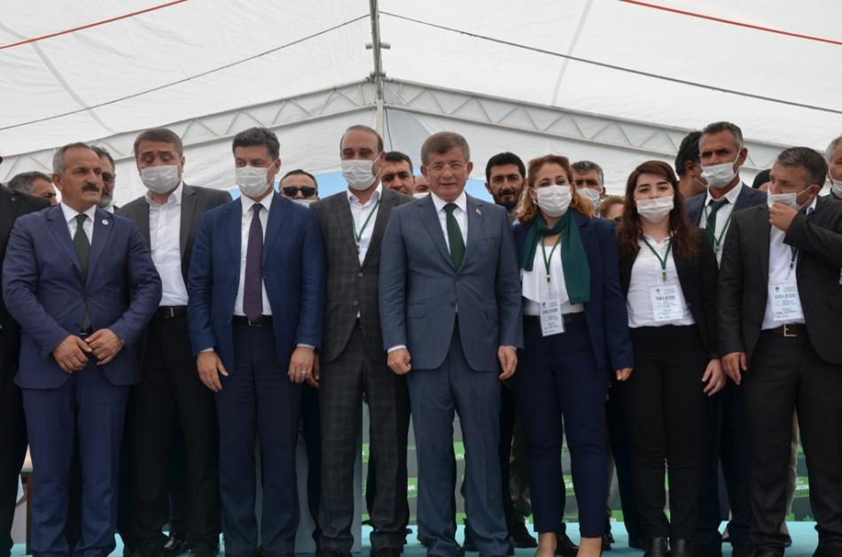 2020/07/1595962001_gelecek_partisi_ardahan_celil_toprak_ahmet_davutoglu_(18).jpg