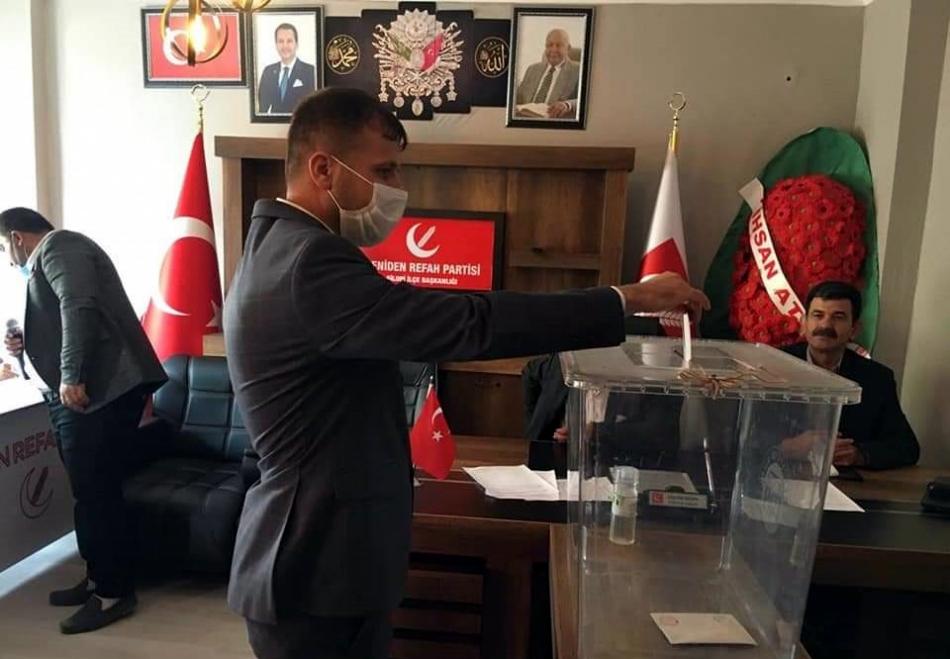 2020/09/1599568492_hanak_yeniden_refah_partisi_kongresi_meliksah_turan_(1).jpg