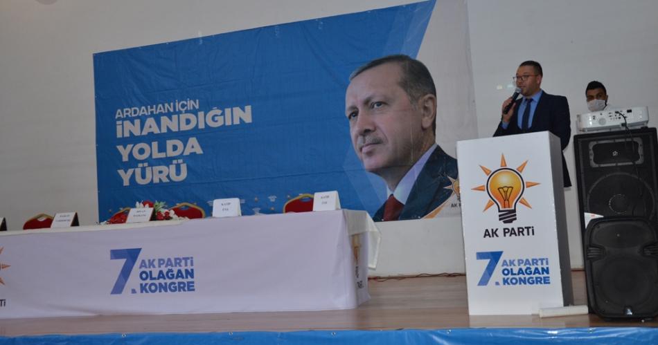 2020/09/1599932240_ak_parti_merkez_ilce_kongresi_osman_yildiz_ozgur_acikyildiz_orhan_atalay_(5).jpg