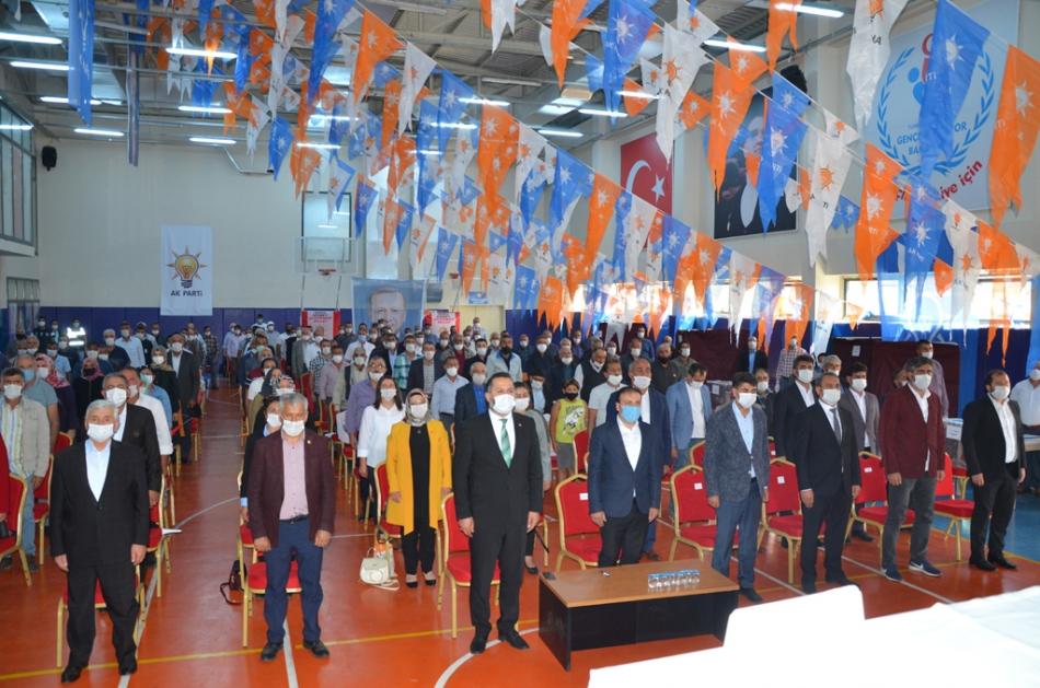2020/09/1599932243_ak_parti_merkez_ilce_kongresi_osman_yildiz_ozgur_acikyildiz_orhan_atalay_(1).jpg