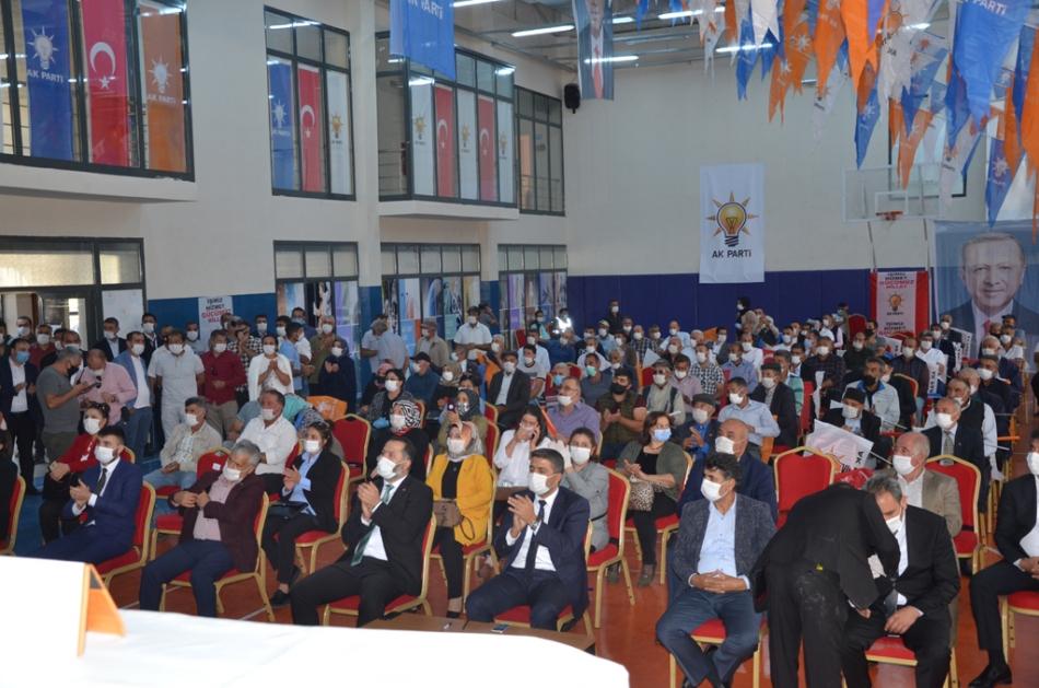 2020/09/1599932245_ak_parti_merkez_ilce_kongresi_osman_yildiz_ozgur_acikyildiz_orhan_atalay_(8).jpg