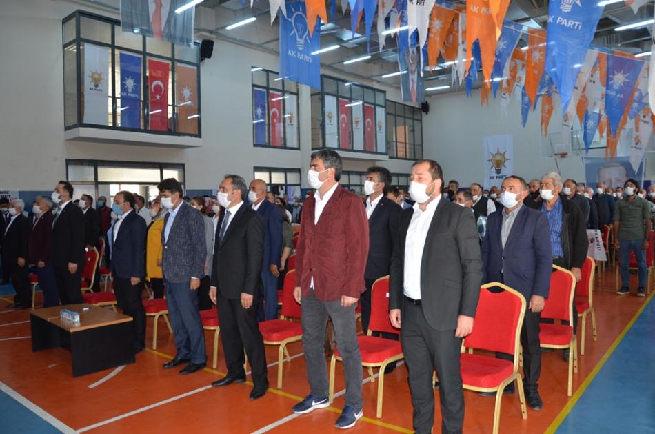 2020/09/1599932247_ak_parti_merkez_ilce_kongresi_osman_yildiz_ozgur_acikyildiz_orhan_atalay_(10).jpg