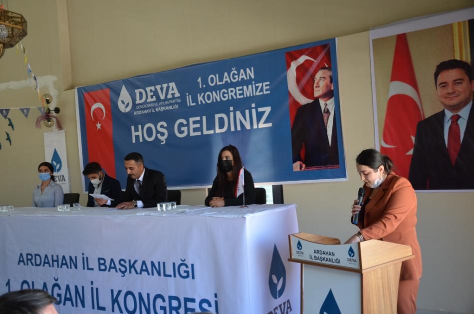 2020/09/1600619597_deva_ardahan_il_kongresi_candar_yilmaz_(28).jpg
