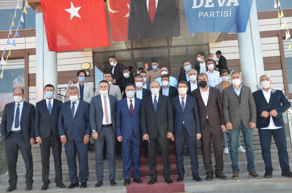 2020/09/1600619601_deva_ardahan_il_kongresi_candar_yilmaz_(35).jpg