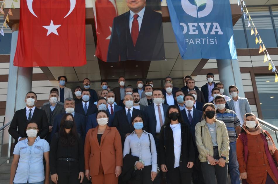 2020/09/1600619610_deva_ardahan_il_kongresi_candar_yilmaz_(43).jpg
