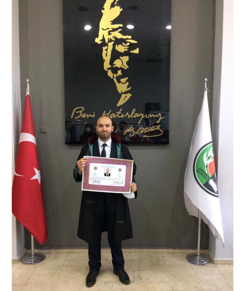 2020/09/1601213451_avukat_ilker_ozgur_turkoglu_(3).jpg