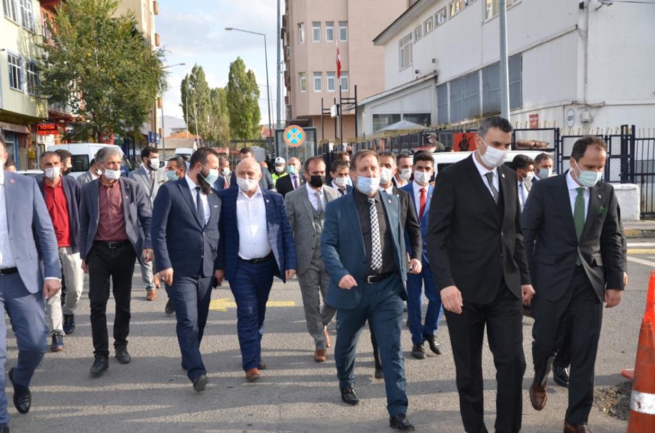 2020/10/1601664017_fatih_erbakan_yeniden_refah_partisi_ardahan_(37).jpg