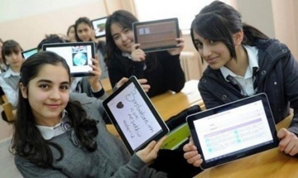 2020/11/1604493896_arev-tablet-ilter-avsar-murat-gokdemir.jpg