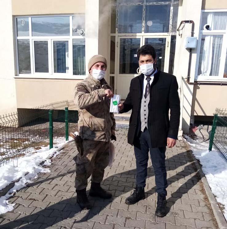 2021/01/1610475924_gole_muftusu_sami_turkel_erdogan_karakaya_(5).jpg