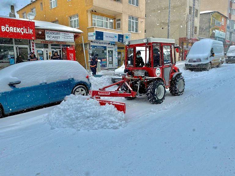 2021/02/1613751723_ardahan_belediyesi_kar_mucadelesi_faruk_demir_-9.jpg