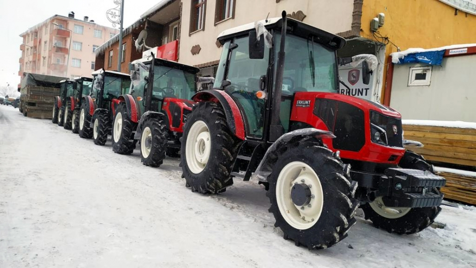 2021/02/1614011424_altintas_erkunt_traktor_petrol_-1.jpg
