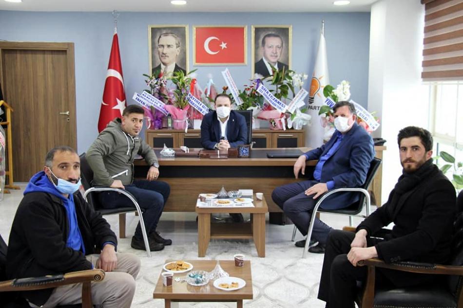2021/03/1614683331_ak_parti_kaan_koc_mazbata_ardahan_-10.jpg