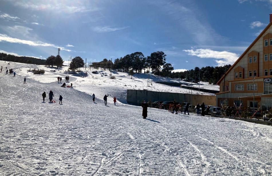 2021/03/1615726294_yanlizcam-kayak-merkezi-ardahan_-1.jpg