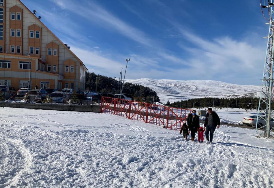 2021/03/1615726295_yanlizcam-kayak-merkezi-ardahan_-6.jpg
