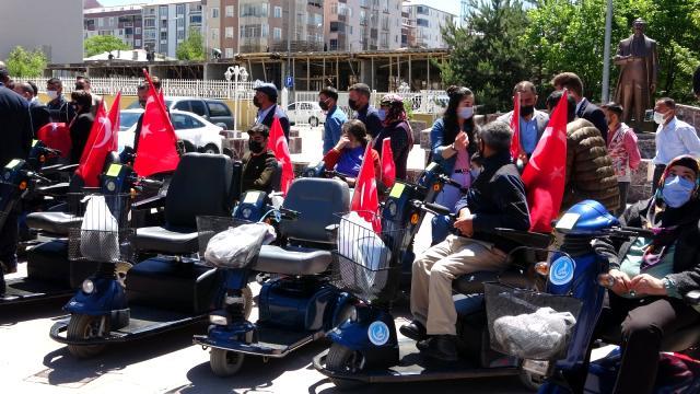 2021/06/1623134423_120-engellinin-akulu-arac-ve-tekerlekli-sandalye.jpg