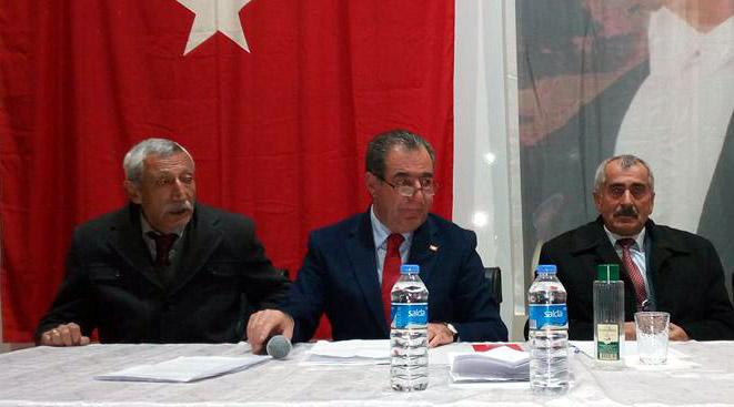 CHP'de sessiz sedasız kongreler