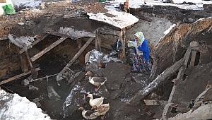 Ardahan'da ahır ve ev çöktü, birçok ölü ve yaralı var