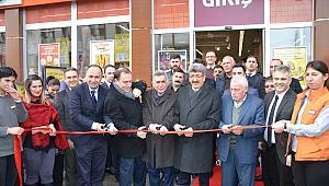 Migros Ardahan'da açıldı