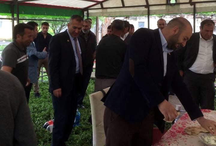Ak Parti tabanı Saadet'te mi kayıyor?