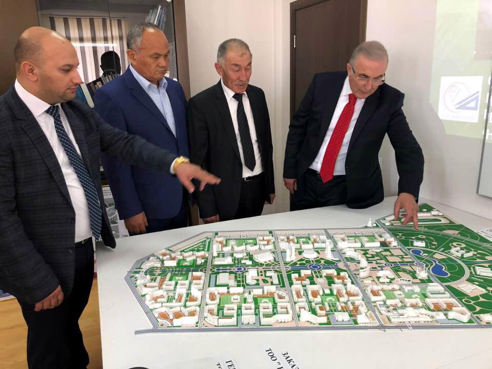 Kazakistan'dan Ensar Öğüt'e 50 bin konut teklifi