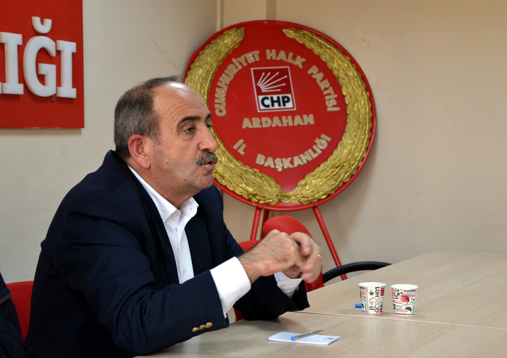 Şükrü Bozyiğit'ten bazı aday adaylarına eleştiri