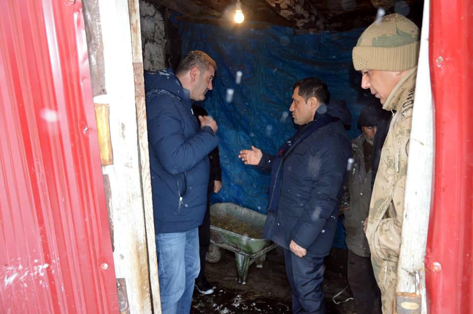 Ardahan'da ev çöktü 1 ölü, 2 yaralı