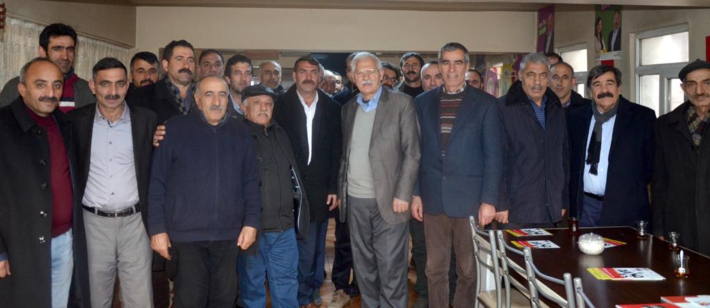 HDP adayını Ardahan'da açıkladı