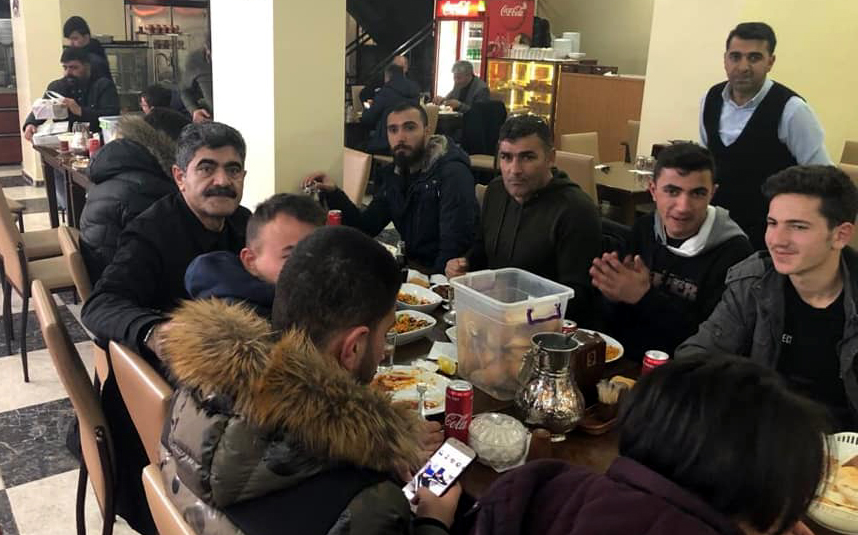 Başkan'dan Gölespor'a moral yemeği