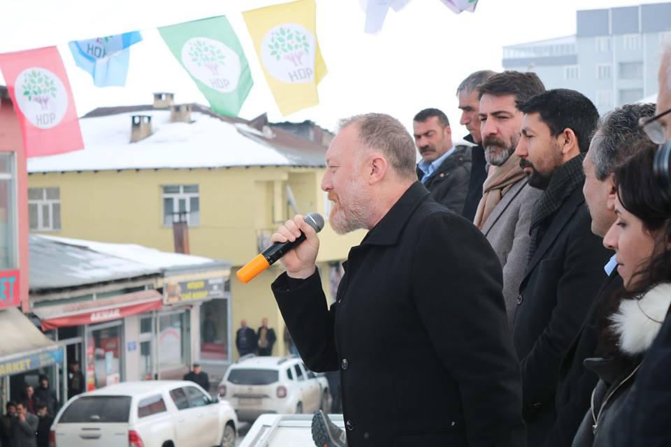HDP'nin Göle'de büro açılışı mitinge dönüştü