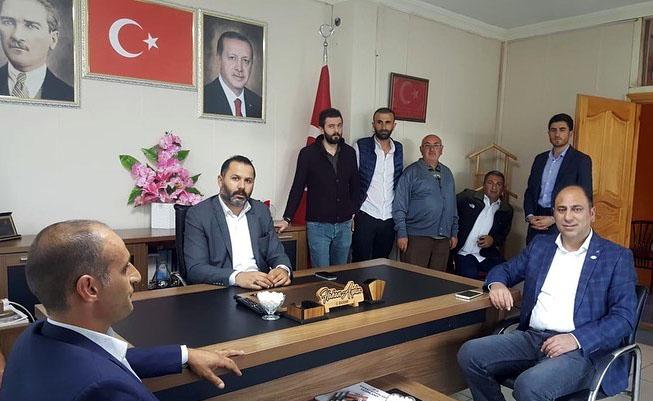 Genç Parti'den Vali'ye destek, AK Parti'ye ziyaret