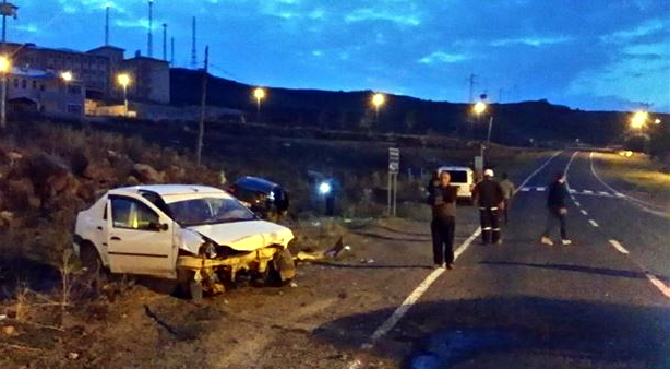 Ardahan'da trafik kazası: 11 yaralı