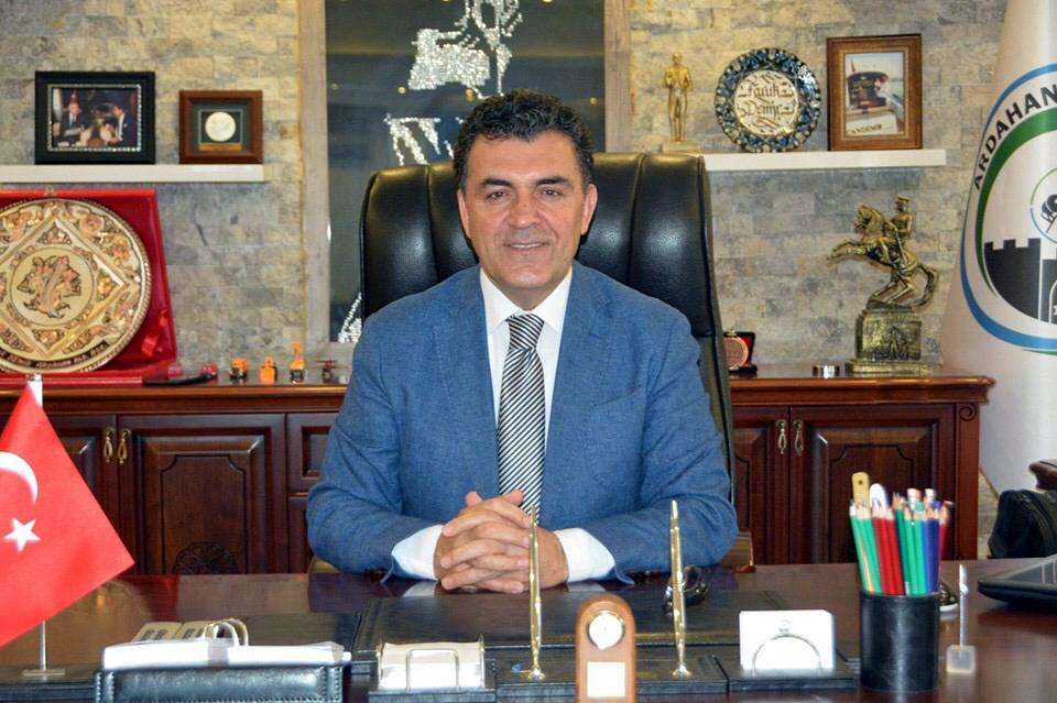 Başkan Demir'den bağımsızlık vurgusu
