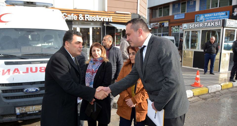 Demir'den Atalay ve Aydın'a, ambulans teşekkürü