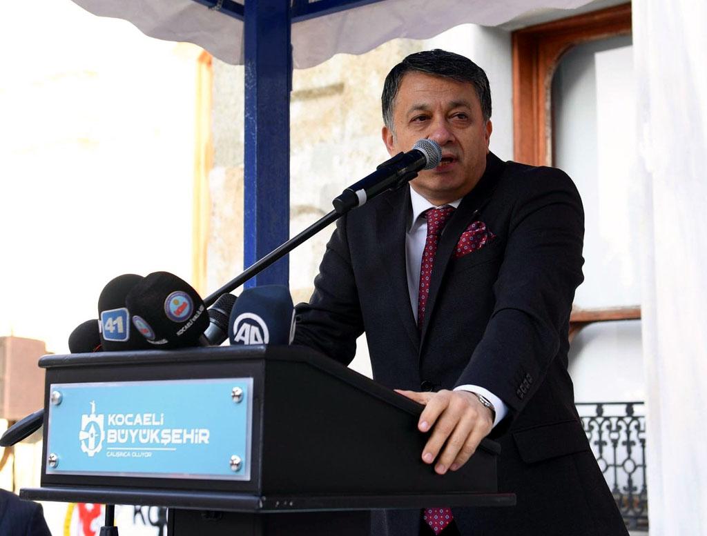 KGK'dan Mısır'a Türkçe ve İngilizce kınama