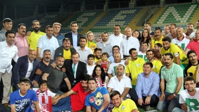 Esenyurt'ta Şampiyonun Adı 'Ardahan' Oldu